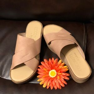 Coconuts by Matisse masters  sandals!